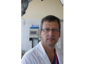 Д-р Анастас Чапкънов – гръден хирург (специалист БЕЗКРЪВНИ ОПЕРАЦИИ,ОНКОЛОГИЯ,ОБЩА ХИРУРГИЯ ) гр. Пловдив