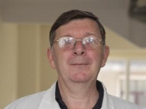 Доц. Д-р Александър Пешев – Ортопед гр. София