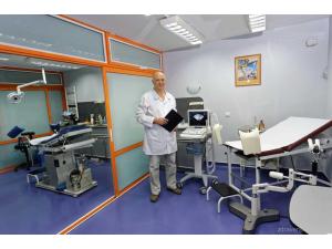 Д-р Богдан Домусчиев - Акушер-гинеколог гр. София
