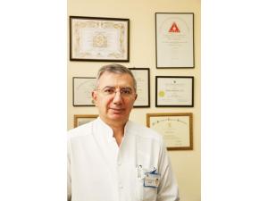 Доц. д-р Пламен Георгиев Панайотов - Хирург гр. Варна